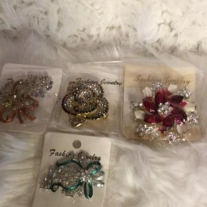 Ladies fashion jewelry pins x4